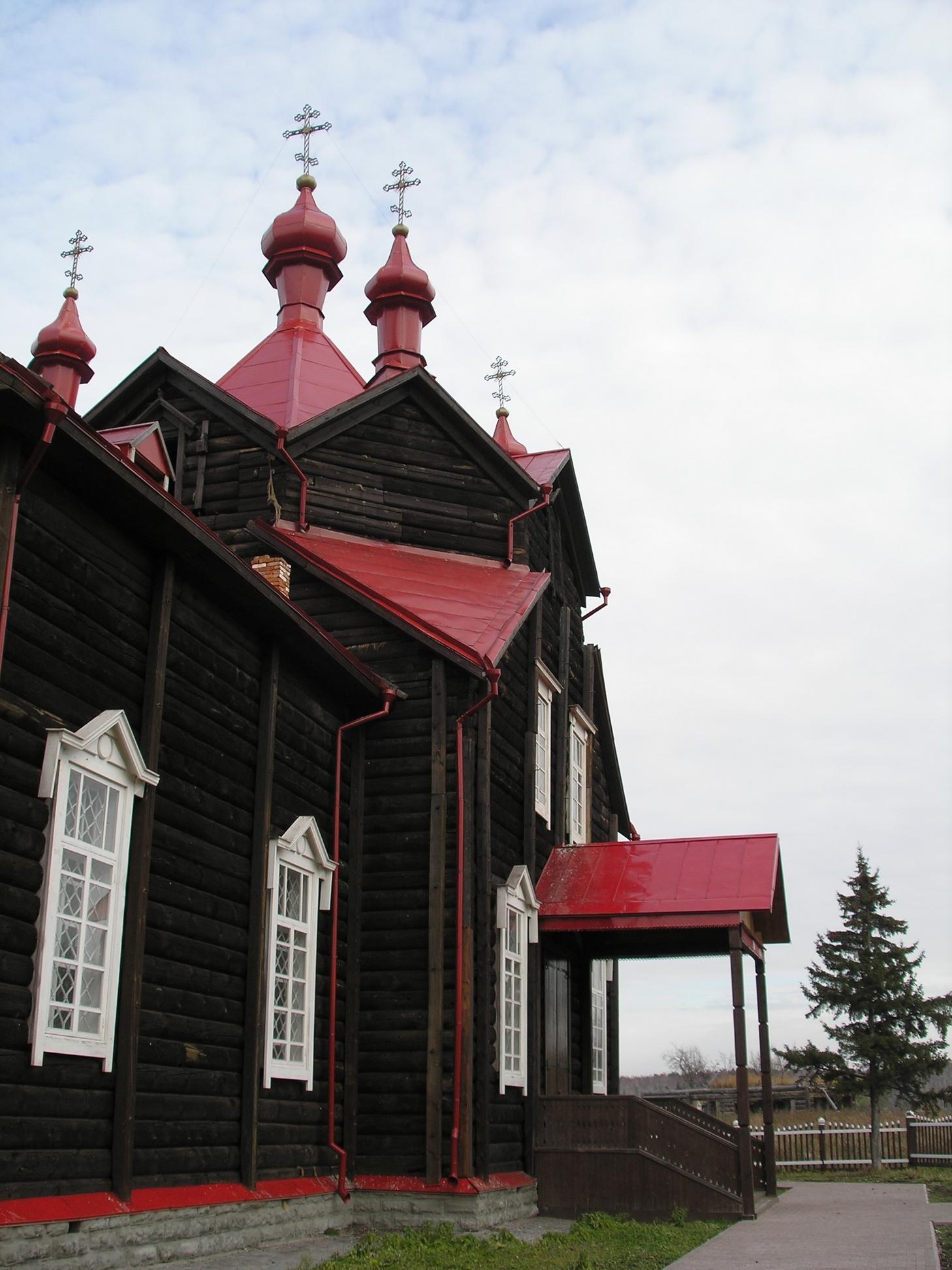 http://rodinoved.ru/wp-content/uploads/2015/04/Cerkov_Svyatogo_Serafima.jpg