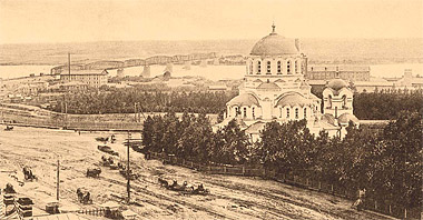 Новониколаевск. Вид на Александро-Невский собор и левый берег реки Оби.