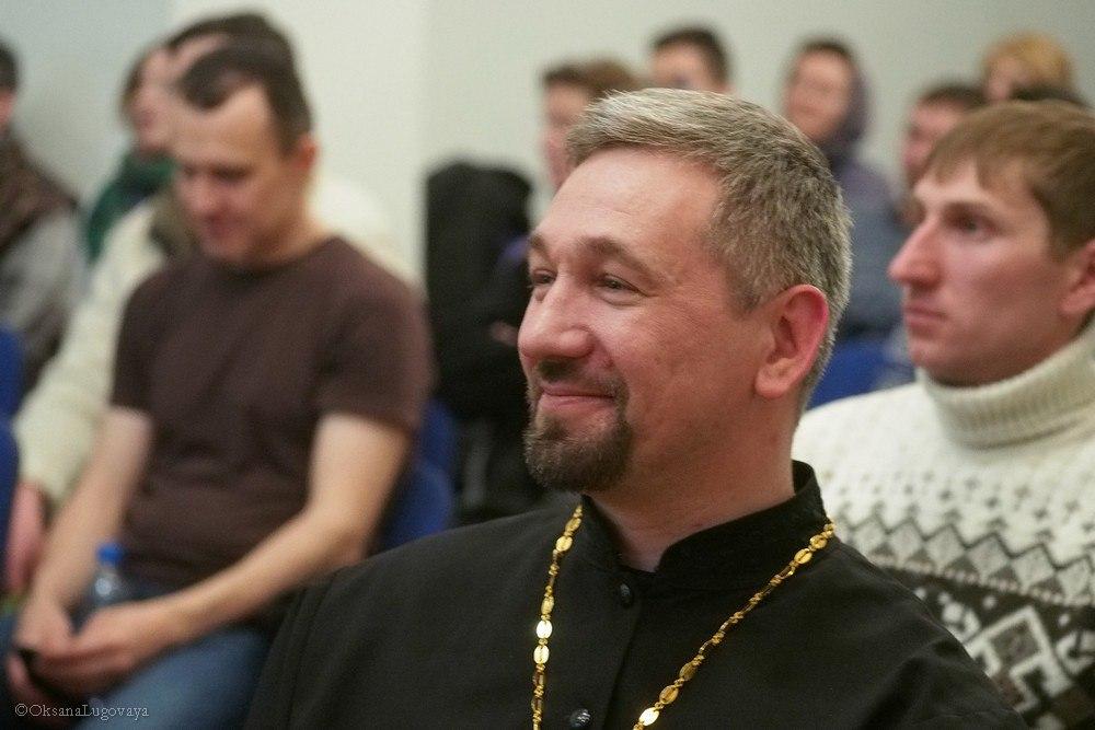11 Молодёжным клубам Новосибирска и Томска презентован проект 'Родиновед'
