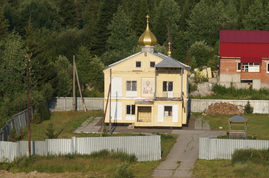 Строящийся храм в селе Семилужки. Источник http://semilujki.cerkov.ru/
