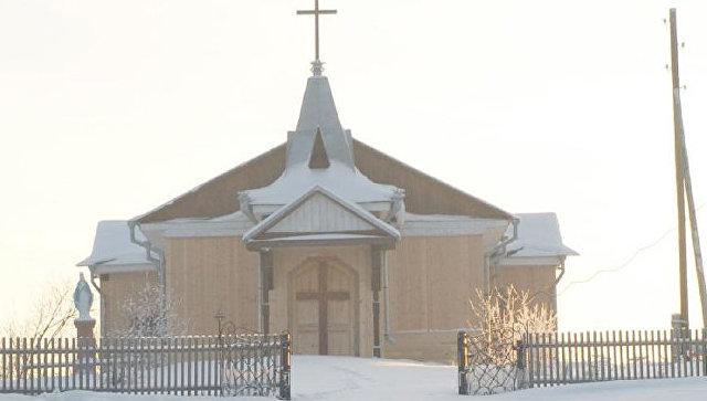 Старнный деревянный костел святого Антония Падуанского полностью уничтожен огнем в Томской области