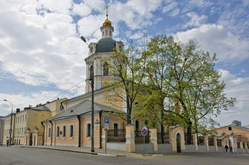 Москва, храм святителя Николая в Звонарях, передача имущества, репатриация