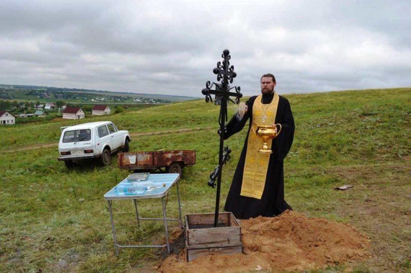 Шадрино, Калманский район, Рубцовская епархия, памятный крест, место расстрела священника, Исповедники, Новомученики