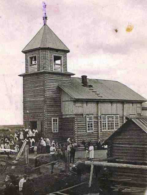 Такой видели церковь жители Леботёра и всей округи