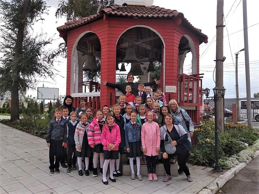 В первый учебный день года музей колокольного звона посетили школьники