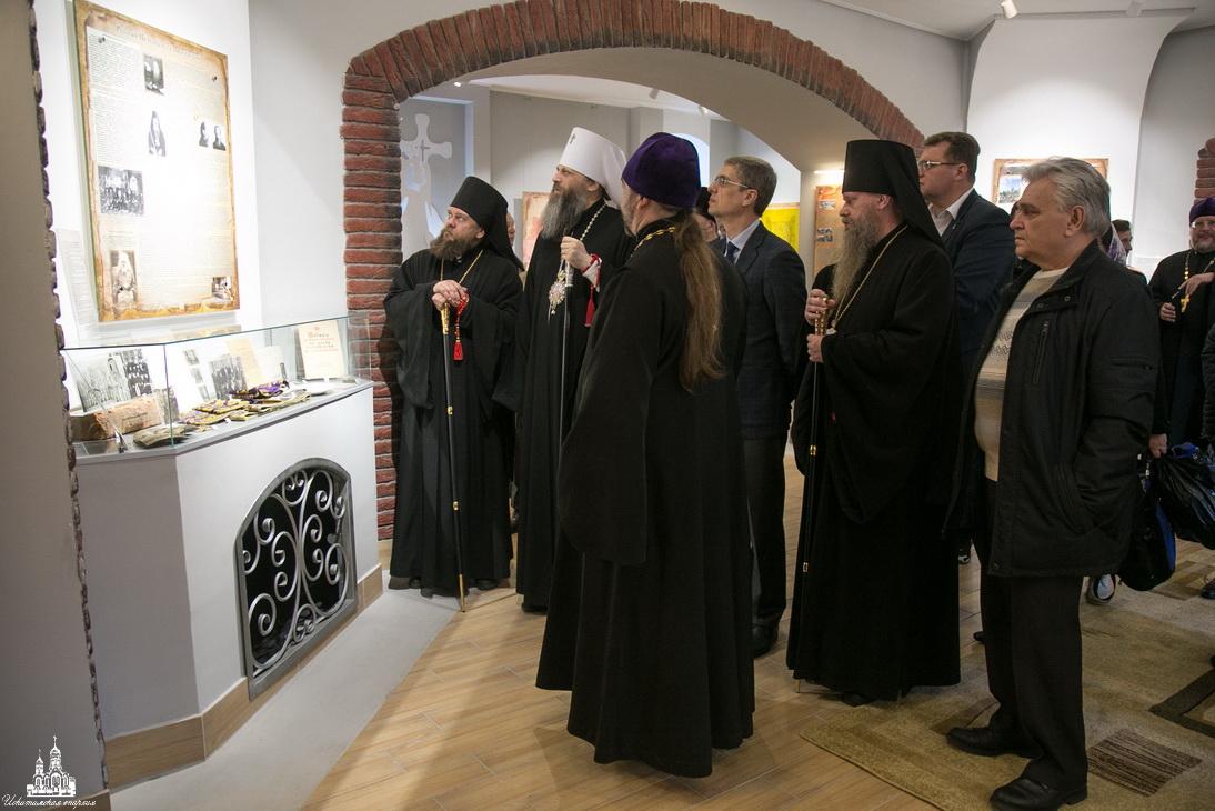 30 октября - День памяти жертв репрессий, день памяти исповедников веры, пострадавших в годы гонений