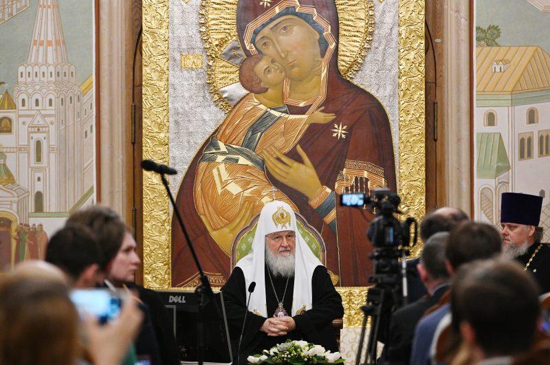 Святейший Патриарх Кирилл, храмы, реставрация, Церковь и молодежь – реставрация храмов, монастырей и исторических зданий