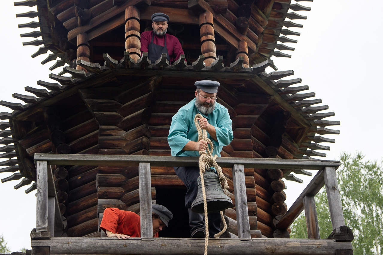 Впервые за 170 лет на колокольне храма Спаса Нерукотворного образа зазвучали колокола