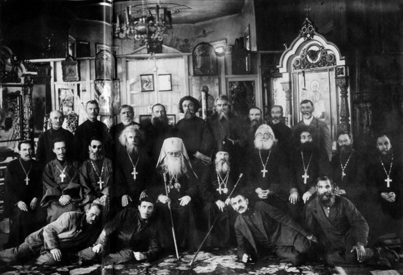 В соборе была отслужена лития об упокоении репрессированных священников